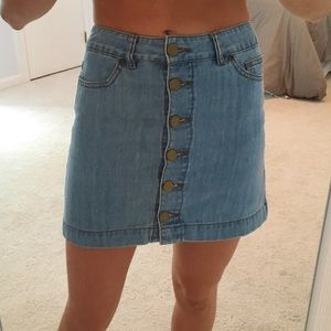Button-up Denim Skirt Forever 21 Size Small